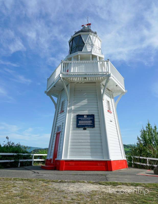 アカロア灯台
