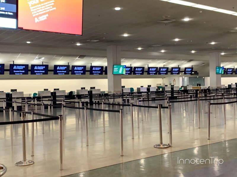オークランド空港チェックインカウンター