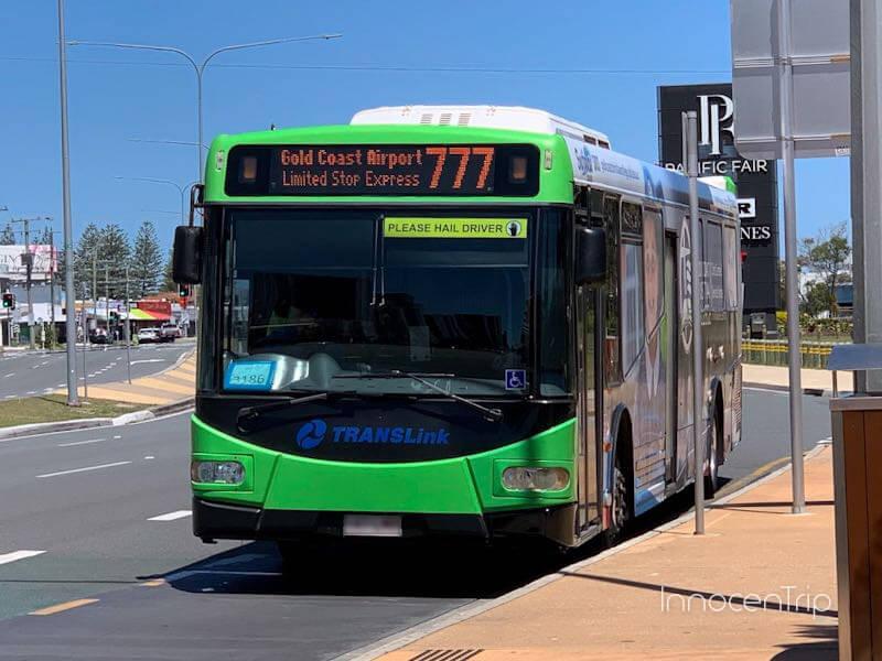 777の路線バス